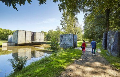 L'historial de la Vendée aux Lucs sur Boulogne, suggéré par Bulle Nature, sur le site préservé de la Prévisière, au Poiré sur Vie en Vendée